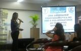 Professora da Unipar proferiu palestra em que tratou de tema de pesquisa que desenvolve em Toledo