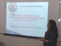 Professora Márcia apresenta seu trabalho